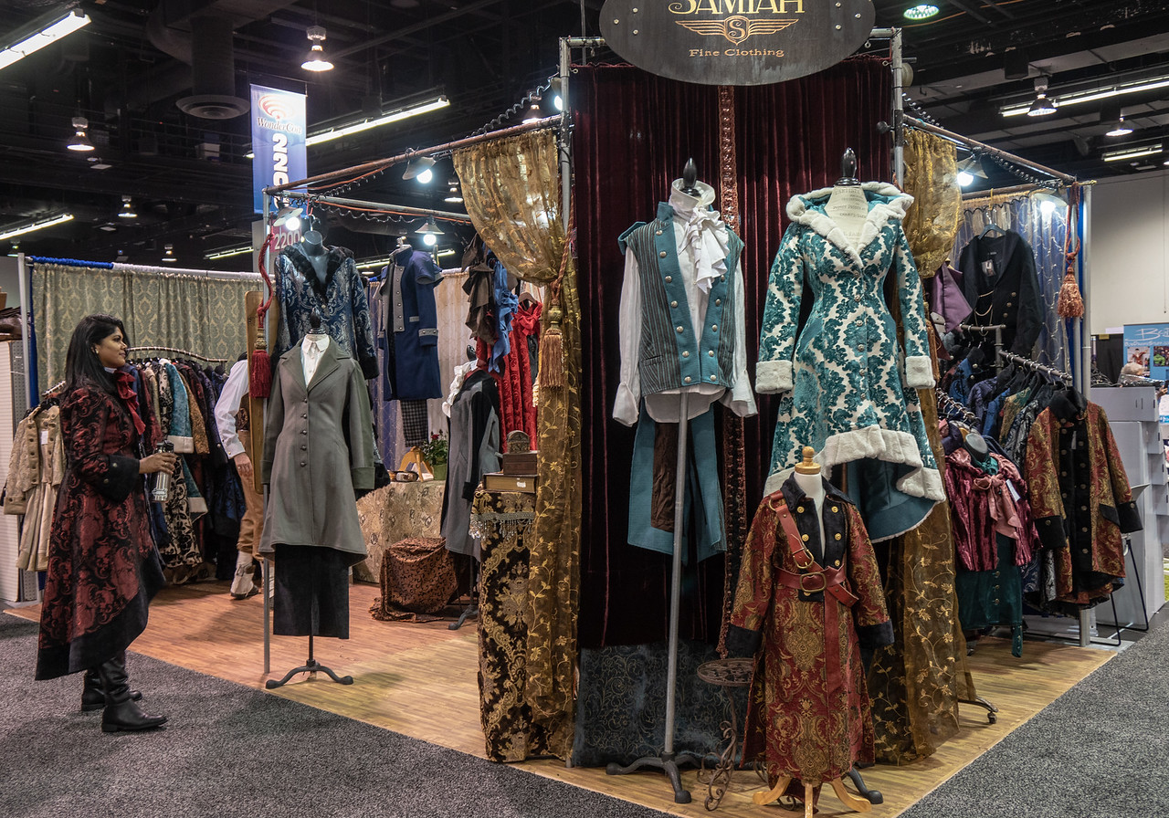 The booth for Samiah vintage designs at WonderCon 2019