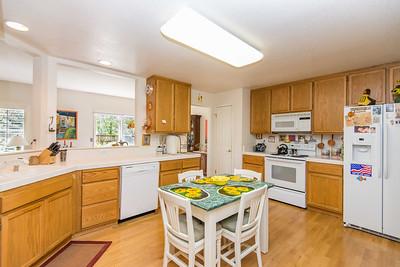 DSC_1729_kitchen