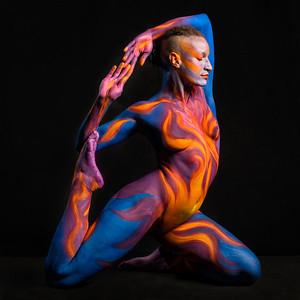 Sacral Chakra -  Bodypaint: Brenda Leach, Model: Syren Lystat