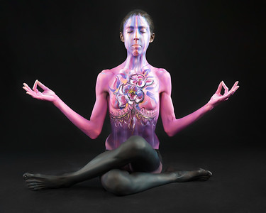Crown Chakra - Bodypaint: Andrea Millen.  Model: Dana