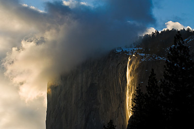Horsetail Falls fire-glow, Yosemite