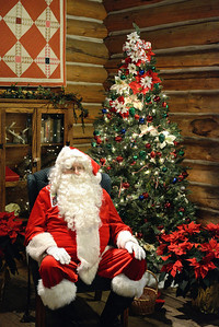 Santa at the Cleveland Metroparks Zoo