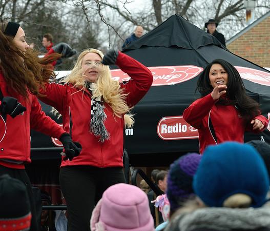 Radio Disney Dancers - Happy Noon Year at the Cleveland Metroparks Zoo