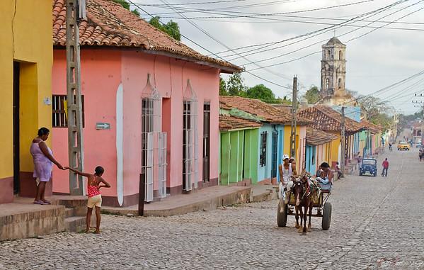 Big city life    Trinidad - Cuba