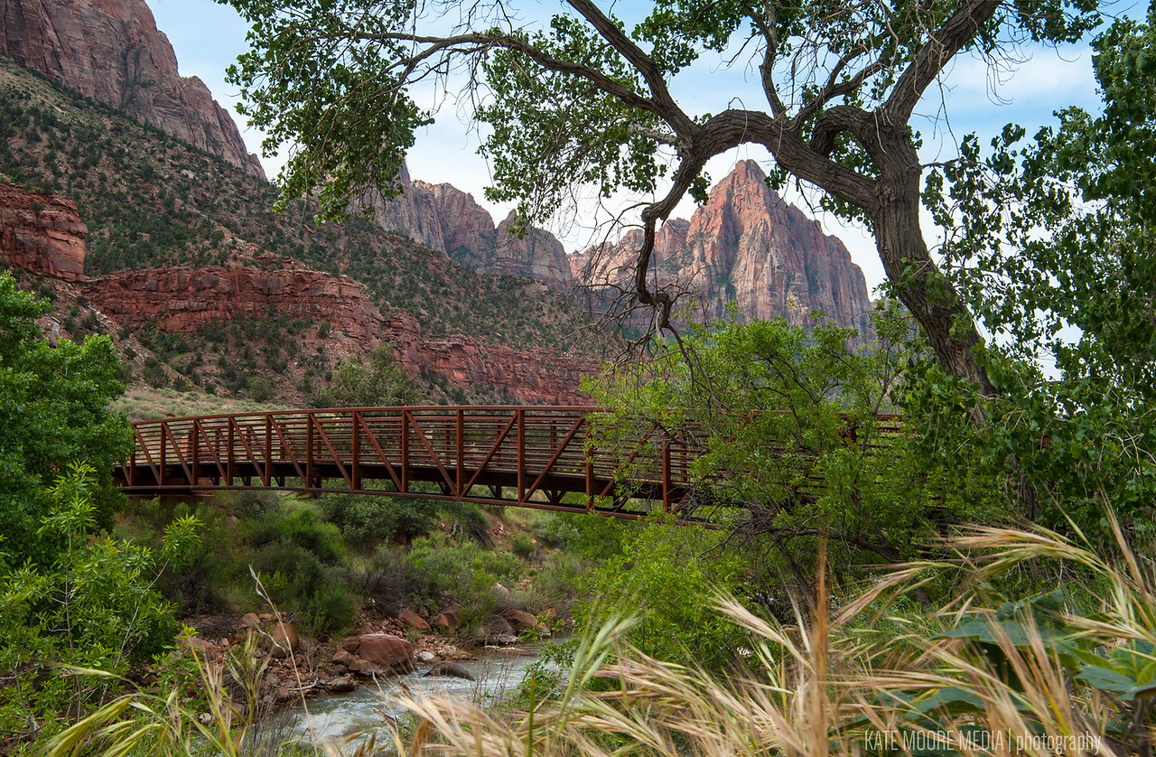 Pa'Rus trail in Zion National Park, daybreak