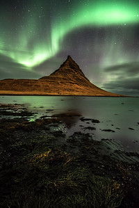 Northern lights at Mt Kirkjufell
