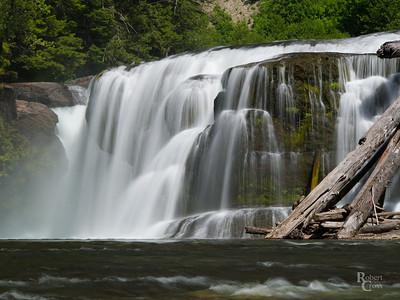 Falling Water in Southern Washington