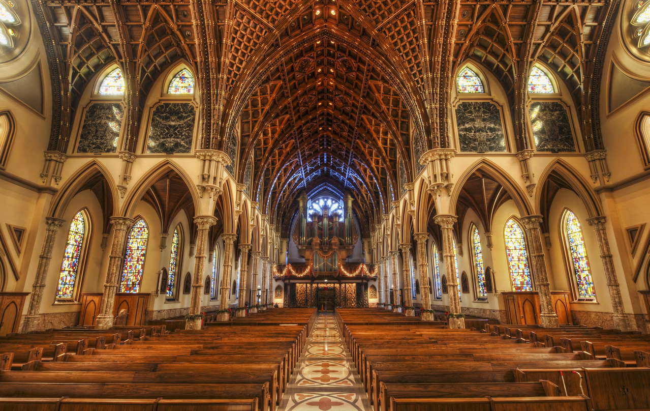 The Secret Church Who would have ever guessed that this immense, classically architected church is in the middle of Chicago, Il?  It's quite amazing, isn't it?My friend Fiona took me here around the time of the Chicago book launch party.  It is a great place place for all kinds of HDR photography. - Trey Ratcliff Read the rest here at the Stuck in Customs blog.