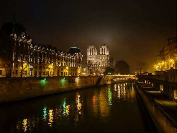 Notre Dame Cathedral- Night