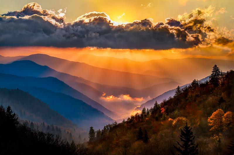 Oconaluftee Overlook Sunrise