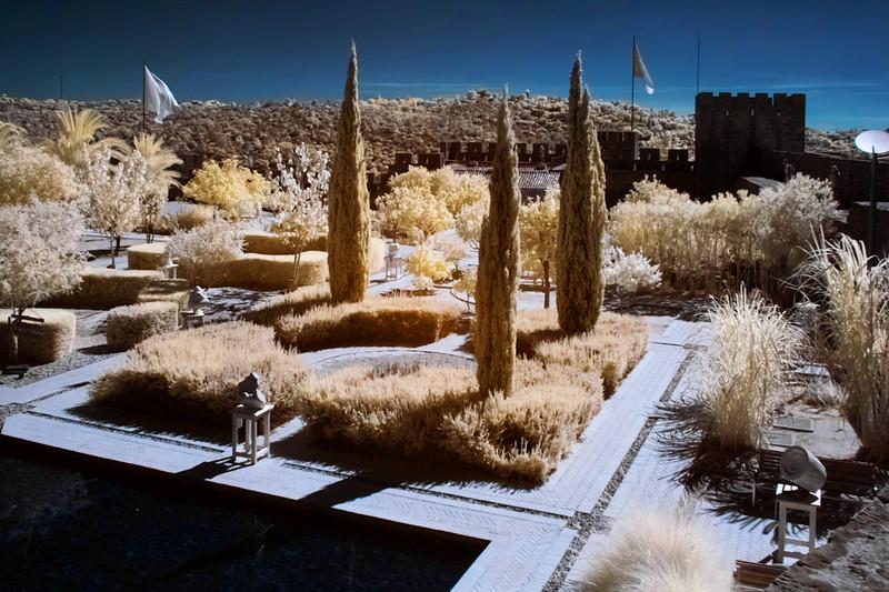 Tatáž zahrada infračerveně