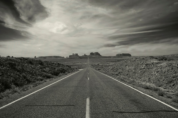 'Monumental Drive' ~ Monument Valley
