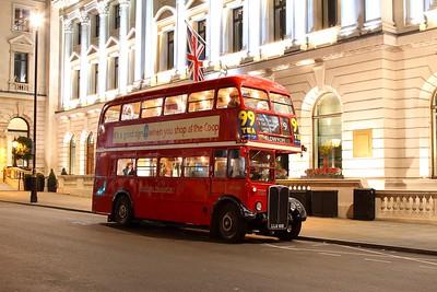 RT3251 in London on 3rd September 2017