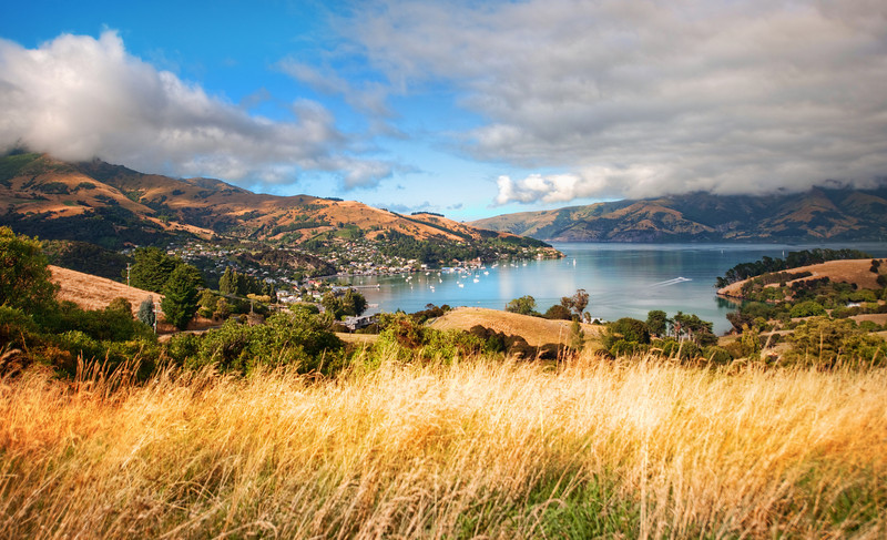 "<h2>Beautiful Akaroa</h2> This is a great town over on the coast of New Zealand.  I only spent a short time there, but I'd like to get back. I think it was one of THE most recommended places in NZ, and that's saying a lot, because the recommendations come fast and furious there.  Read more and talk to me about Minecraft <a href=""http://www.stuckincustoms.com/2011/11/22/beautiful-akaroa/"">here</a> at the Stuck in Customs blog."
