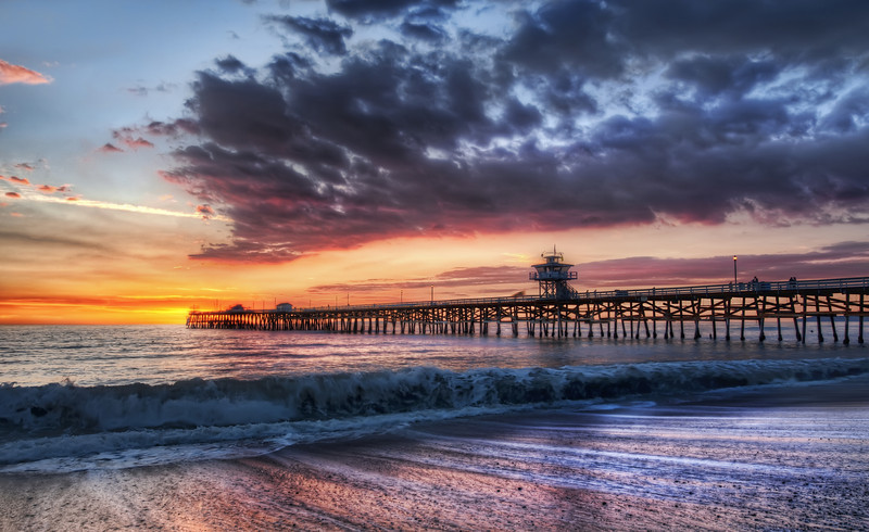 "<h2>Another Beautiful California Night</h2> <br/>Here is photo from the very fun and engaging Photowalk in San Clemente, California. <br/><br/>Do you guys know who <a rel=""nofollow"" href=""http://www.davidarkenstone.com/"">David Arkenstone</a> is?  He's a musician that has done a few songs I'm sure you've heard ... <a rel=""nofollow"" href=""http://www.stuckincustoms.com/2010/06/09/another-beautiful-california-night/"">Read about David Arkenstone's visit to the photowalk at Stuck in Customs ...</a><br/><br/>- Trey Ratcliff<br/><br/><a href=""http://www.stuckincustoms.com/2010/06/09/another-beautiful-california-night/"" rel=""nofollow"">Click here to read the rest of this post at the Stuck in Customs blog.</a>"