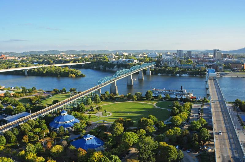 Renaissance Park & Bridges to Downtown