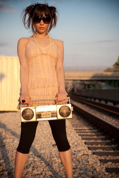 Model: Sarah Christoff