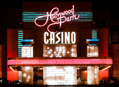 Hollywood Park Casino sign