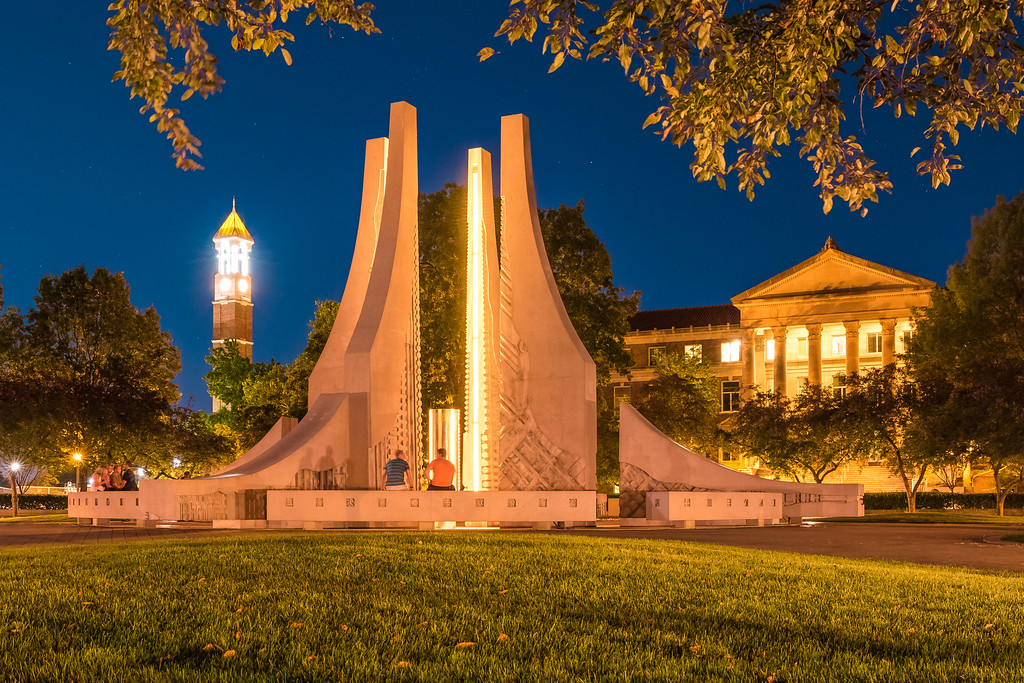 Engineering Fountain by night