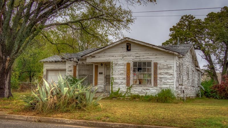 Hoarders_House