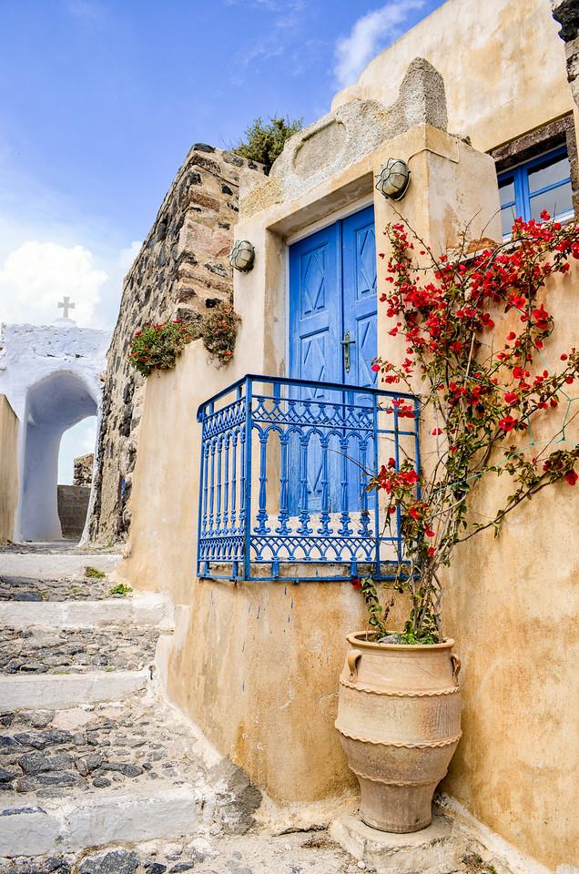 Lane in Greek town, Santorini