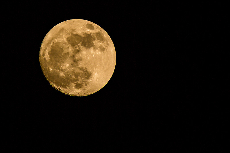 2013-01-25-Moon-over-Tamaro-6