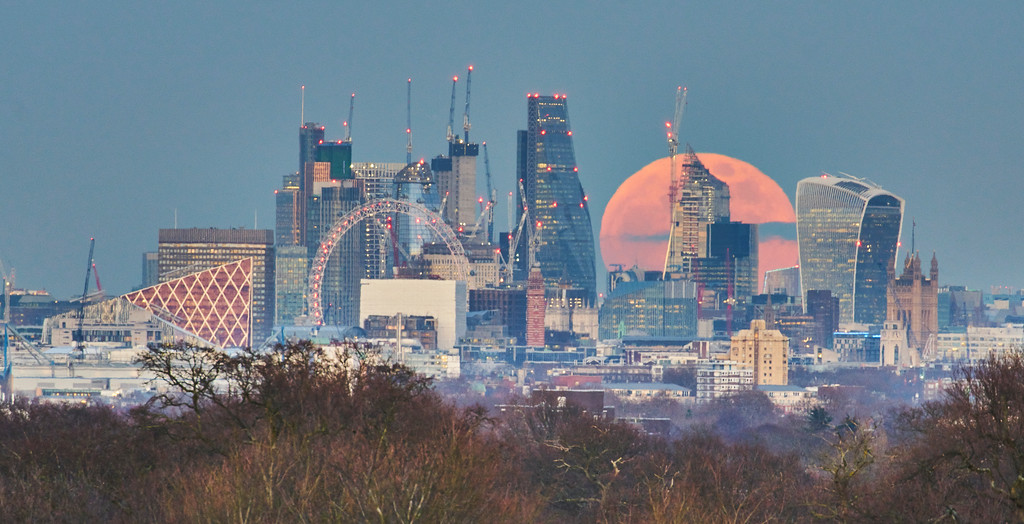 Super Blue Moon Rising Over the City of London