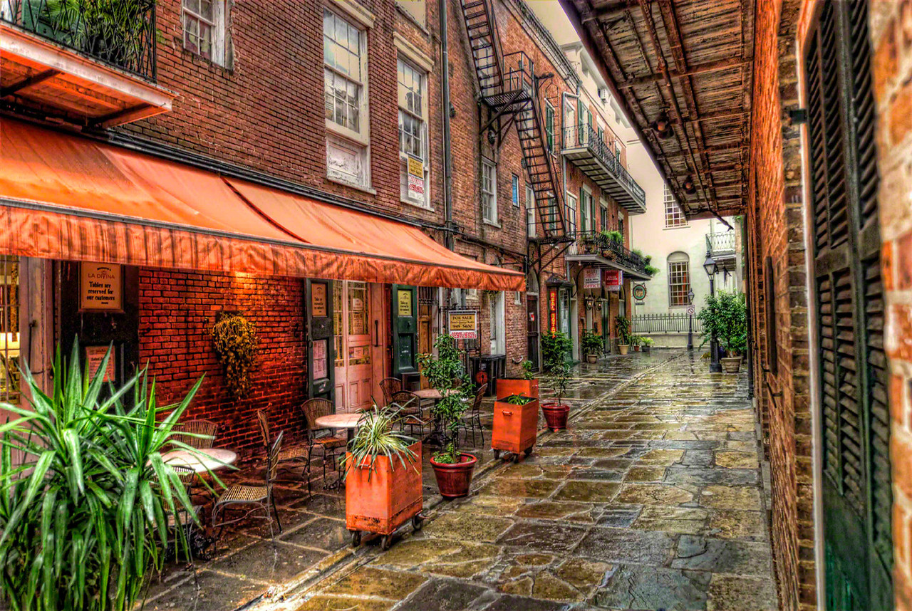 New Orleans Alley