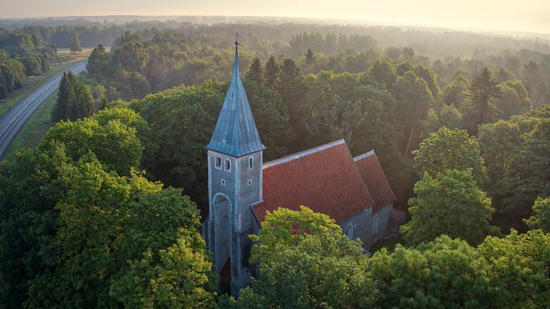 Karuse kirik / church Karuse