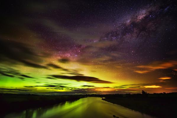 Aurora Australis Galactica