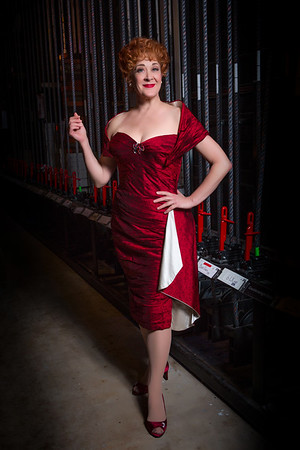 "Karen Ziemba in ""Irving Berlin's White Christmas"" / National Tour 2017"
