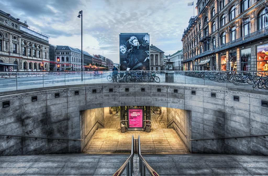 Kings Square Metro