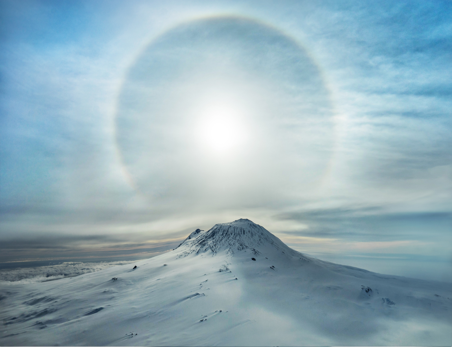 06%20-%20Trey%20Ratcliff%20-%20%22a%20polar%20sunbow%20erupts%20over%20an%20iced%20volcano%22-X3.jpg