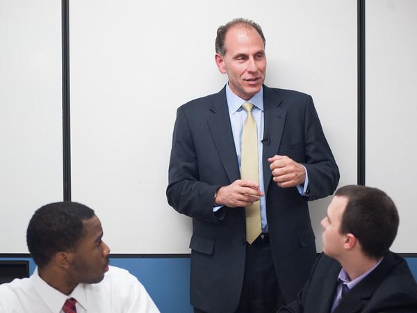 Guy Chiarello visiting technology students while CIO at JPMorgan Chase