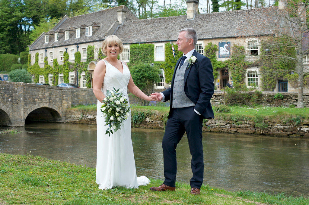 Wedding photography at the Swan, Bibury.