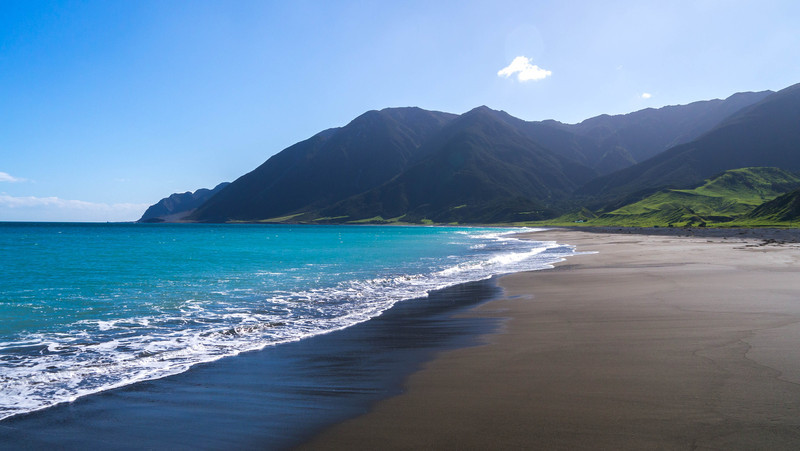 Black Sand Blue Bay