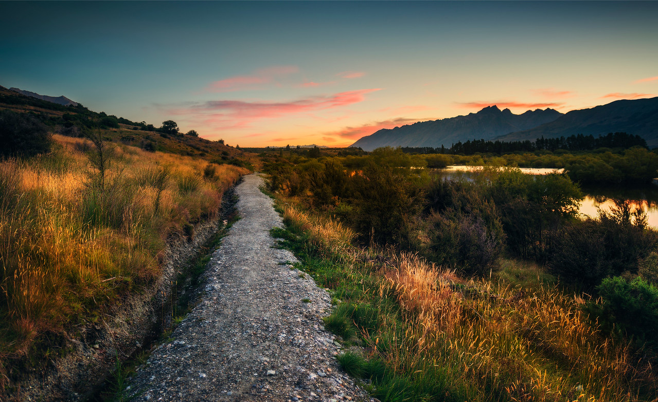 Walking Around the Wetlands of Glenorchy