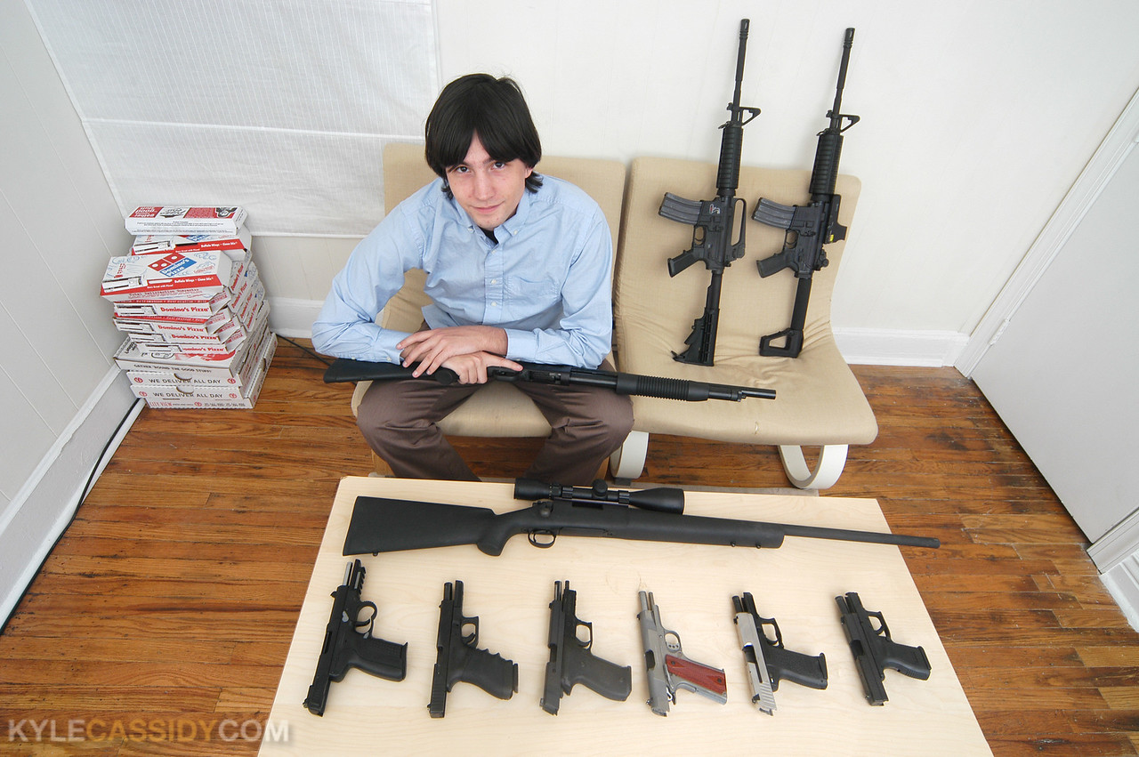 kyle-cassidy-armed-america-092