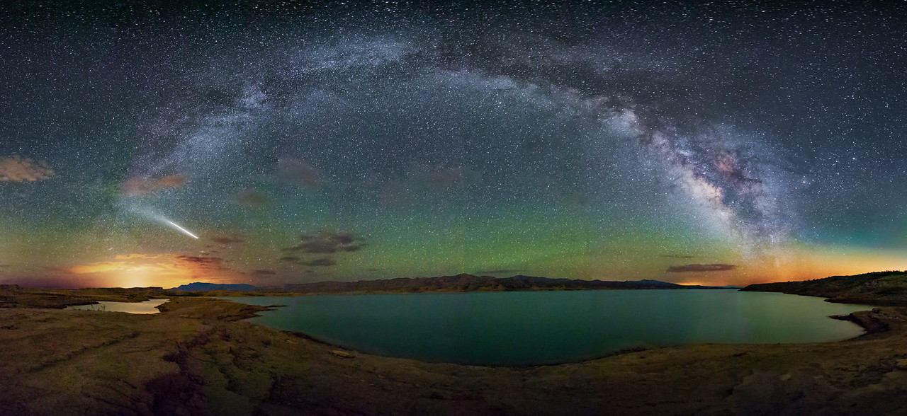 Lake Mead at Night