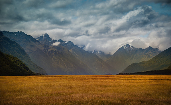 The Valleys on the Way to Milford Sound
