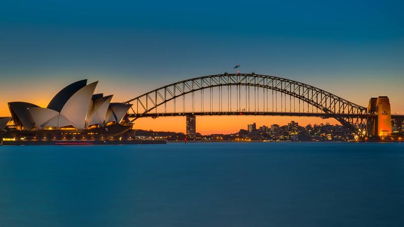 Sunset over the Sydney Opera House   Sydney, Australia