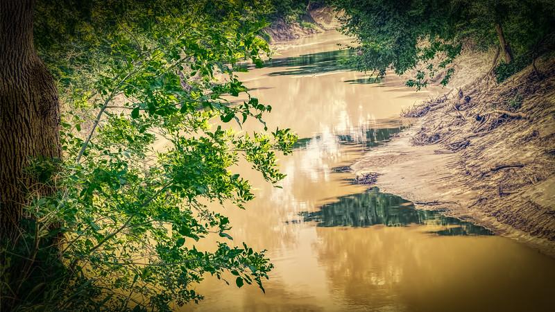 Leon_River2