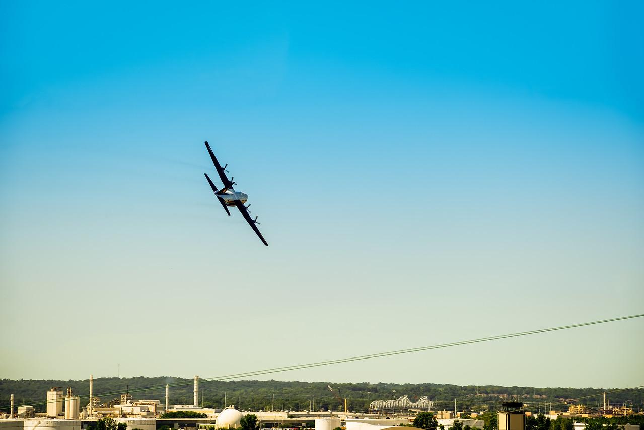 """Blue Angels C-130 """"Fat Albert"""" - Kansas City Air Show 2015"""