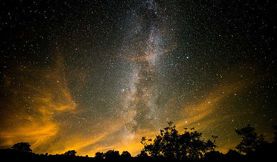 Milky Way appears through high cloud