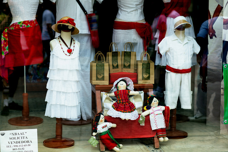 A shop window in Playa Del Carmen