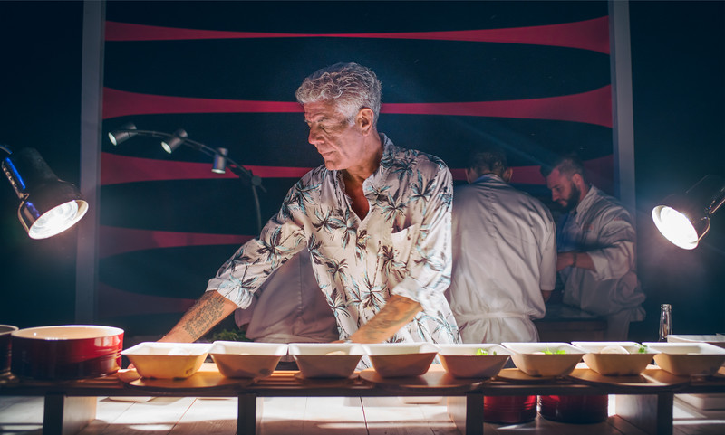 Anthony Bourdain Made Us All Dinner On The Beach!