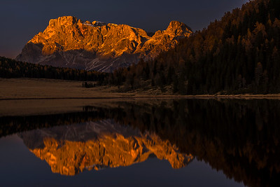 Last light at Lago di Calaita