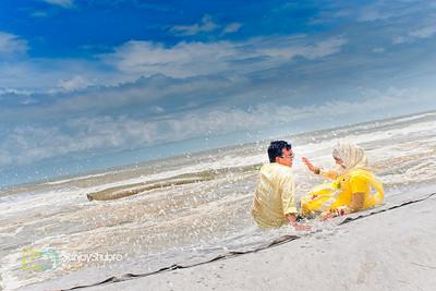 Seaside Candid Pre Wedding Moment