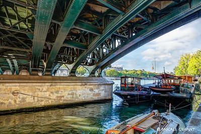 Sous les ponts de Paris 1