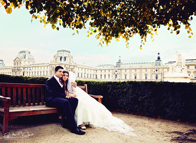 16X20_Bride-and-Groom-in-Paris